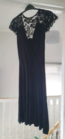 Ladies dress size 6.