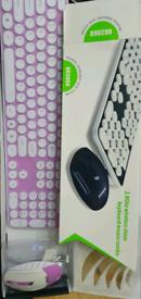 Silent keyboard wireless +mouse silent keyboard hk3960.brand new