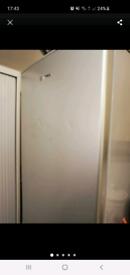 Hoover fridge freezer