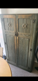 FREE SOLID WOOD WARDROBE CABINET SHELVES & CLOTHES RAIL