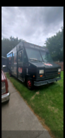 Food truck with full kitchen