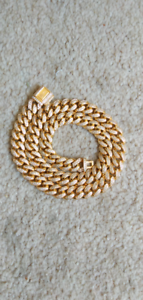 Gold and diamond chain