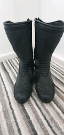 Motorcycle boots size 6