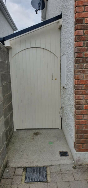 Side Entrance Cover | Side Return Roof | Storage at the Side of House | Side Entrance Leant to Shed