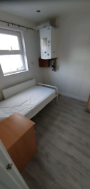 Small bedsit size 1 bedroom flat glengormley
