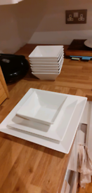Plates dining set for 8 people