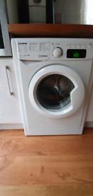 Indesit Digital 1400 9KG washing machine White