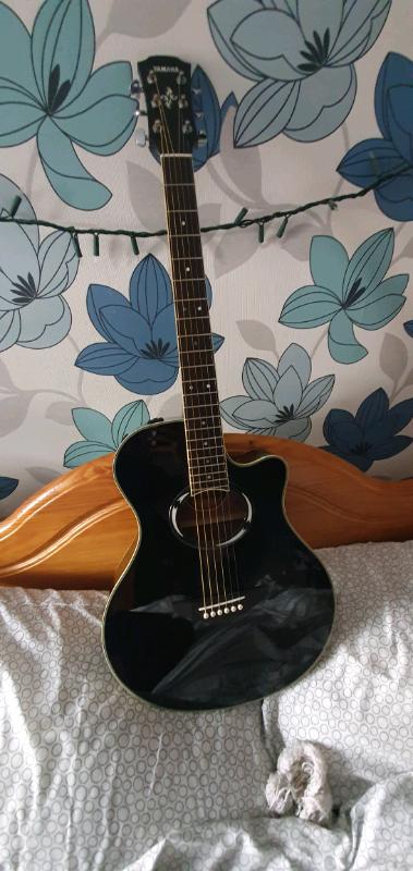 Yamaha APX500III electro acoustic slimline | in Antrim, County Antrim |  Gumtree