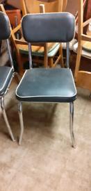 2 retro chairs