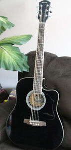 Ritmuller Acoustic electric guitar - Excellent sound!
