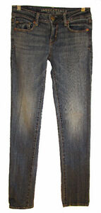 AMERICAN EAGLE OUTFITTERS Skinny Jeans - Size 0 (Aylmer)