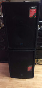 2 Yorkville YX15P Loudspeakers - 15 inch Woofer - 200 Watts