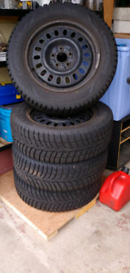 Winter Tires and rims Size 215/60R16