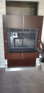Electric Fireplace with Remote!
