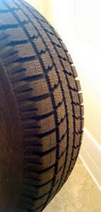 Four Winter tires like new TOYO Observe  GSi-5 BW 205/70R15