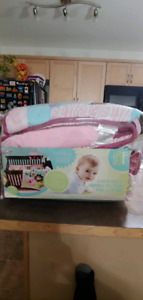 Brand New & Never Been Used 5-piece Crib Set