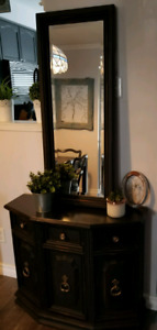 Hall Cabinet with Mirror