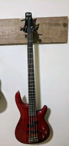 Cort bass