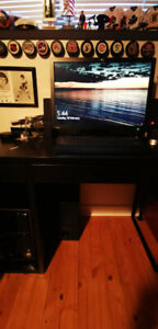 HP Desktop computer with monitor