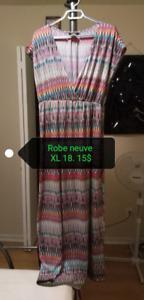 Robe longue neuve Gr. 18