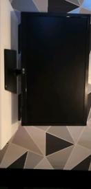 LG Flatron E2742 1080p hdmi monitor.