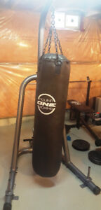 Boxing Bag 100lbs and Full Stand (Round One Boxing Brand)
