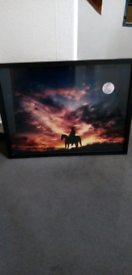 Wall hanging pictures