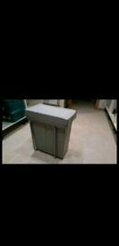 Recycle bin fits in standard kitchen units