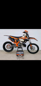 **New KTM Full Graphic Kit**
