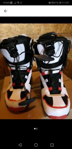 Moving sale - men's snowboard boots 9.5