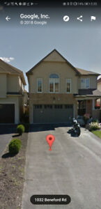 Beatuful  3 bedroom detach house for lease in oshawa .