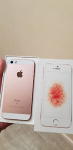 Excellent Condition Rose Gold Iphone SE 64 GB UNLOCKED - $250