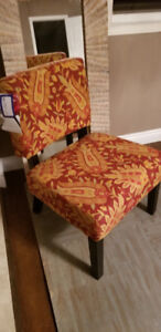 *BNWT* Ave ● Six Floral Accent Chair
