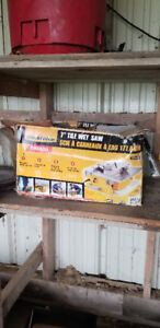 wet saw - tile saw - new