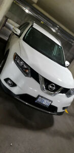 Nissan Rogue SV 2016 Lease Takeover $298/m Taxes in