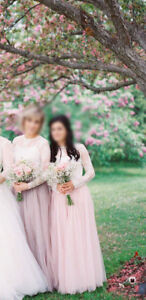 Bridesmaids outfits: lace top and tulle skirt