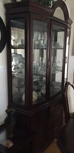 Dining table with 6 chairs & china cabinet (set)
