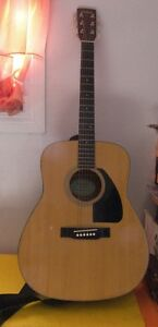 Large Acoustic Eterna Yamaha Guitar Steel String