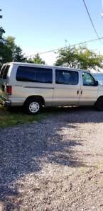 2003 Ford Club Wagon Minivan, Van