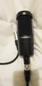 Microphone Audio Technica At2020 presque neuf