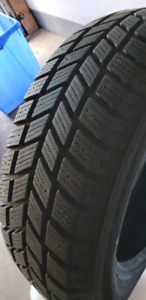 215/60/R16  Hankook I Pike . Winter Tires