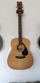 Acoustic guitar - Yamaha F310