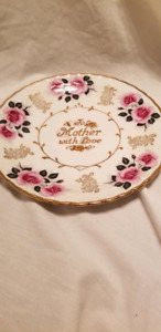 Avon Wood & Sons To Mother With Love Plate