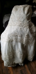 Chantilly lace wedding dress.