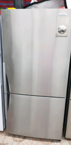 Westinghouse Fridge/Freezer. Stainless Steel. 510 Litres