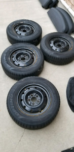 Winter tires for sale (205/70/r15)