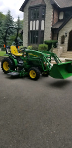 Tractor like new condition