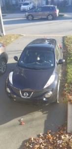 2011 Nissan Juke SL AWD with navigation