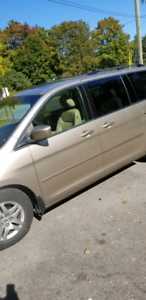 Urgent (Price Reduced) 2006 8 seater Honda oddysey fully loaded