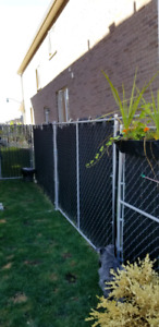 70.5 ft of sturdy, removable, temporary fencing